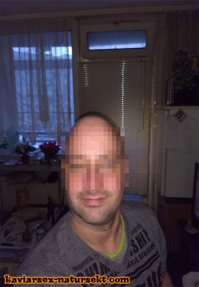 Kotnascher aus Dresden sucht dreckige Nougatspalte
